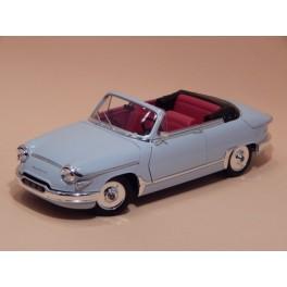 Coche Modelo PANHARD PL 17 Vehiculo en miniatura de colección Vintage Automovil a escala