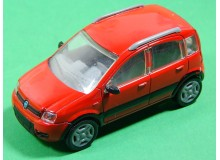 AUTOMOVIL VINTAGE EN MINIATURA A ESCALA MODELO FIAT PANDA 4X4