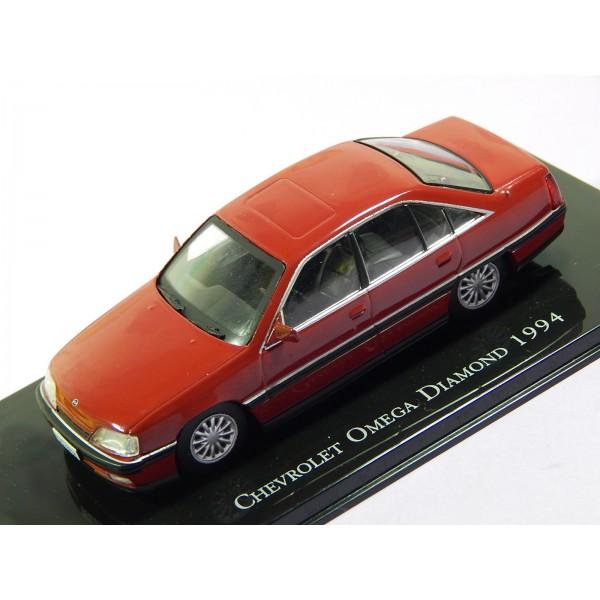 Coche Modelo CHEVROLET OMEGA Vehiculo en miniatura de colección Vintage Automovil a escala