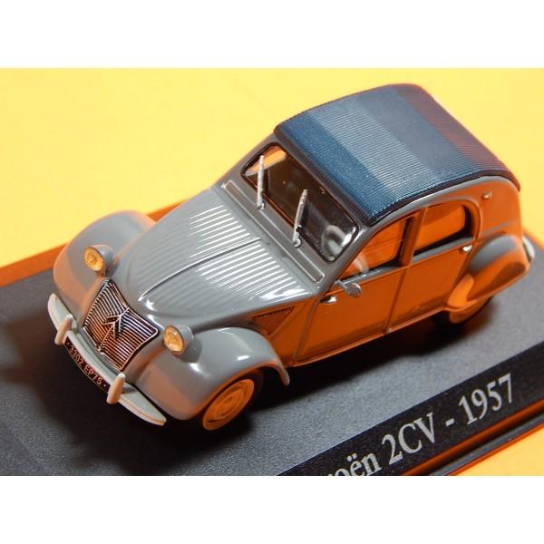 AUTO COLECCION VINTAGE MINIATURA A ESCALA MODELO CITROEN 2CV 1957