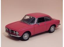 Coche Modelo ALFA ROMEO 1750 GTV Vehiculo en miniatura de colección Vintage Automovil a escala