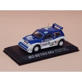 Coche Modelo MG METRO 6R4 Vehiculo en miniatura de colección Vintage Automovil a escala