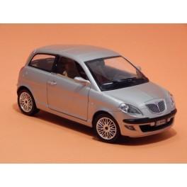 Coche Modelo LANCIA YPSILON Vehiculo en miniatura de colección Vintage Automovil a escala