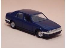 Coche Modelo ALFA ROMEO 75 Vehiculo en miniatura de colección Vintage Automovil a escala