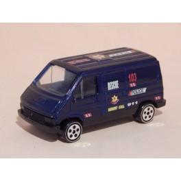 Coche Modelo RENAULT TRAFIC Vehiculo en miniatura de colección Vintage Automovil a escala