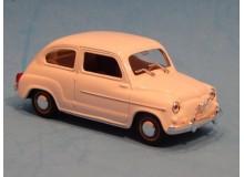 Coche Modelo SEAT 600 D. Vehiculo en miniatura de colección Vintage Automovil a escala