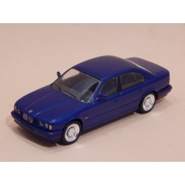 Coche Modelo BMW M5 Vehiculo en miniatura de colección Vintage Automovil a escala