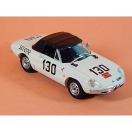 Coche Modelo ALFA ROMEO 1600 SPIDER DUETTO Vehiculo en miniatura de colección Vintage Automovil a escala