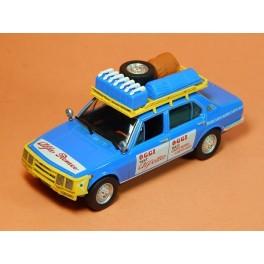 Coche Modelo ALFA ROMEO ALFETTA RAID Vehiculo en miniatura de colección Vintage Automovil a escala